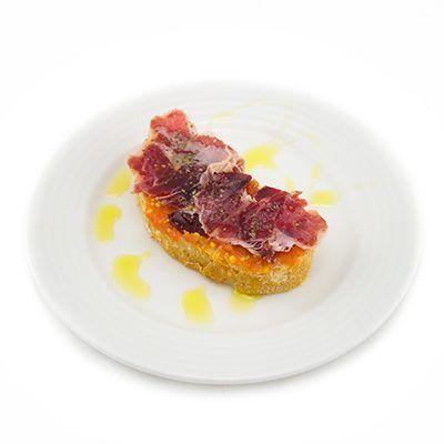 Pantumaca con jamón, receta con Aceites Valdezarza.